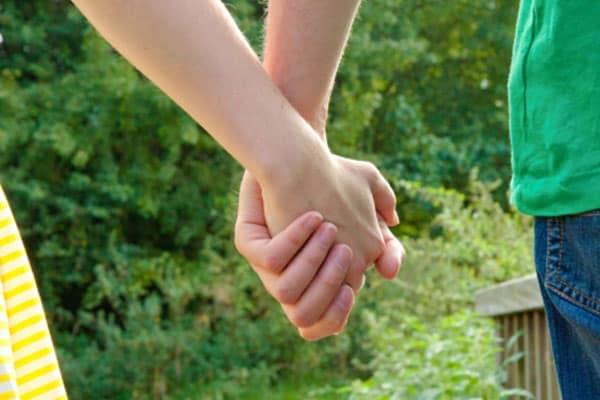 「恋に落ちやすい女性」日本で一番多いのは福島県