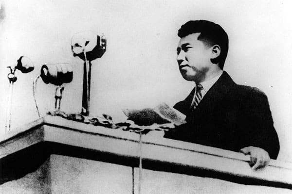 金日成の母が美人に…「北朝鮮の公式写真」修整が当たり前だった