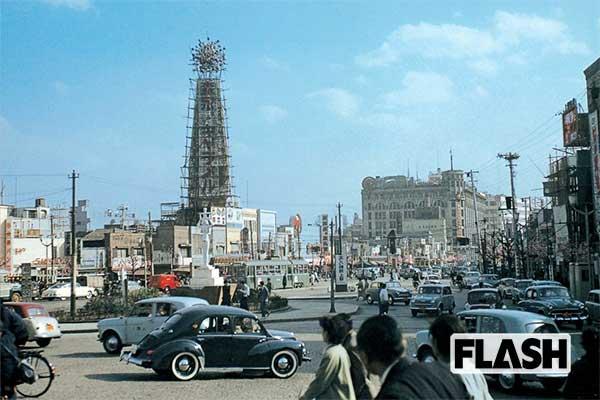 秘蔵カラー写真で見る「60年前の日本」上野広小路