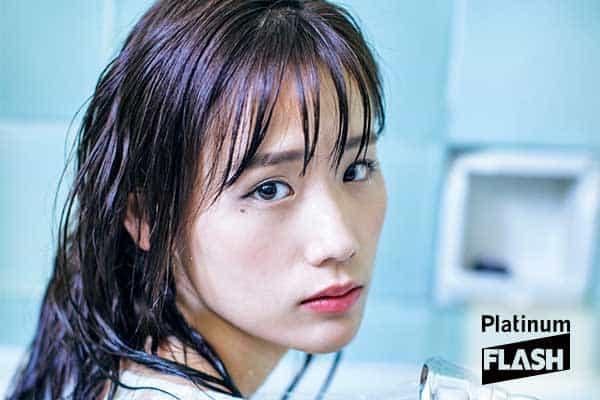 女優 秋山ゆずき「私の生きる道」