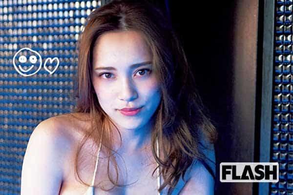 都丸紗也華より「愛の告白」が直筆で!2019年7-8月カレンダー