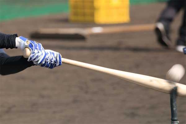 福留孝介「ホームランを打った後のバットの投げ方も練習した」