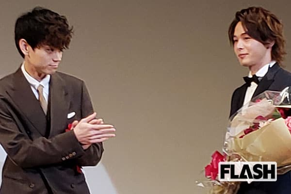 新人賞授賞式で、中村倫也と菅田将暉が名スピーチ聞かせる