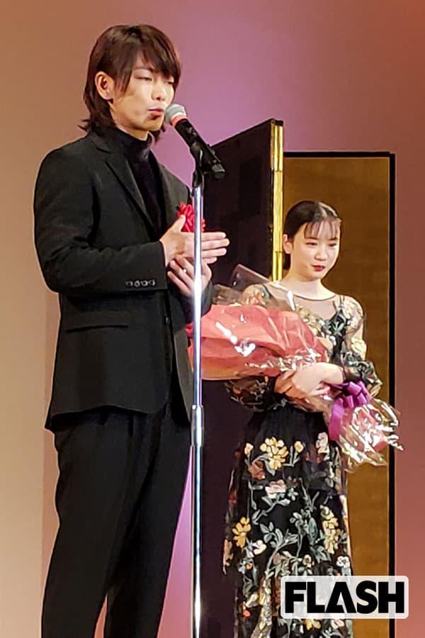 新人賞授賞式で評価を上げた「永野芽郁」と「佐藤健」