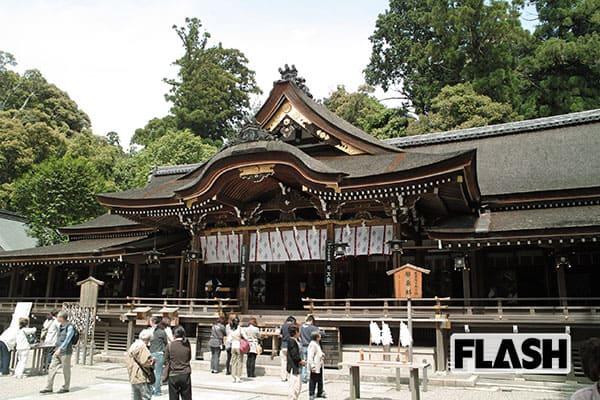 日本の聖地を行く/奈良・大神神社「御神体の山」に登頂