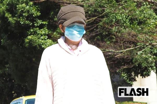 舌ガン手術から3週間「堀ちえみ」リハビリ散歩姿