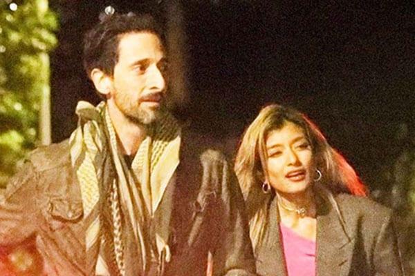 アメリカ在住の「ローラ」ハリウッドスターと親密な夜