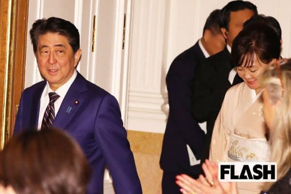 安倍首相、永田町でささやかれる「消費増税見送り」衆参W選