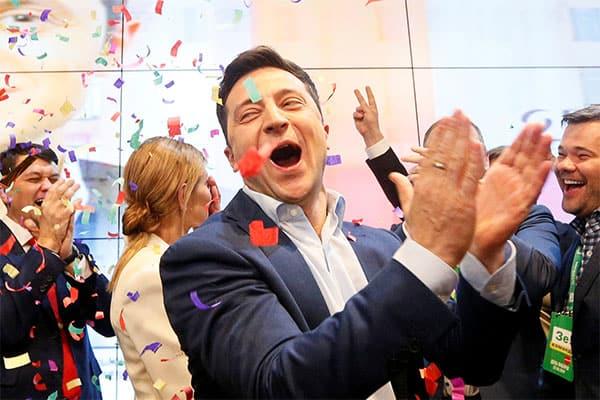 コメディアンがウクライナ大統領に、日本は連携をと国際政治学者