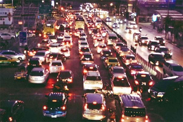 どうしたら避けられる「GW渋滞地獄」日時・場所を伝授