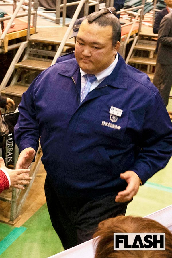 引退アスリート「CMギャラ」元稀勢の里が1200万円で急上昇