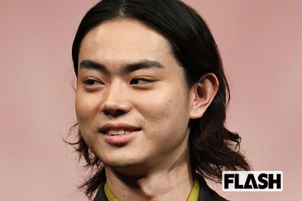 菅田将暉と米津玄師の交遊録「酔っ払って雑誌で卓球プレイ」
