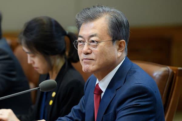 上から目線の祝電を日本に送った韓国大統領、その真意は?