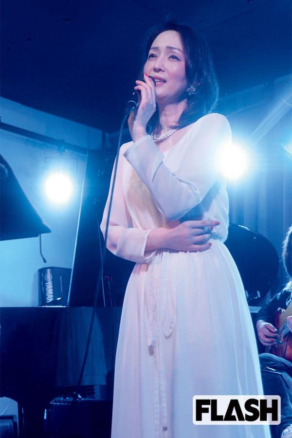 15歳でデビューした歌姫「河上幸恵」32年ぶりに歌手復帰