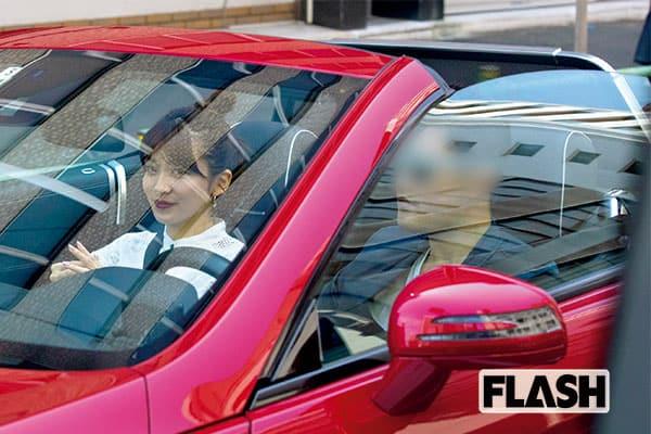 『サンジャポ』山本里菜アナ、赤いオープンカーでドヤ顔同棲