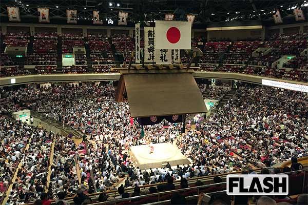 トランプ大統領が国技館正面マス席を占拠、お値段は1600万円