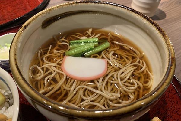 「富士そば」大好きの「遠藤久美子」注文はかけそば一択