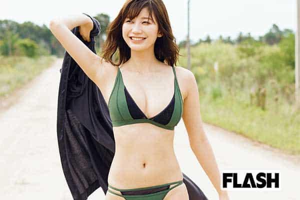 小倉優香「『4カ国最高ボディ』の決意」   Smart FLASH/スマフラ[光文社週刊誌]