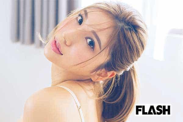サイバージャパン ダンサーズ REONA「Tバック見せちゃうね」