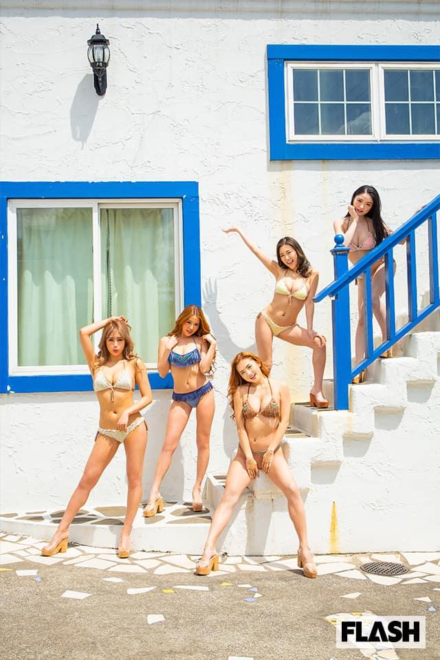 セクシーすぎるスポーツウェアや水着姿を魅せつける!FLASHデジタル写真集発売!