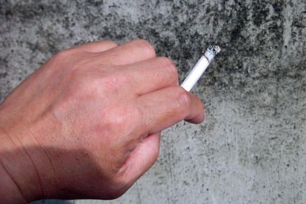 メッセンジャー黒田有が明かした「留置所の悲しいタバコ話」