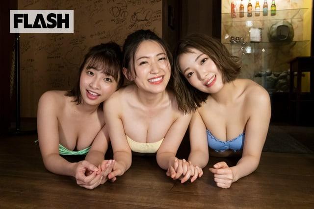 『IWA』で働く元AKB48の3人が、『IWA』店内で大胆グラビアに挑戦! FLASHデジタル写真集発売!