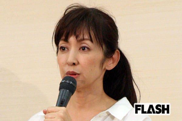 斉藤由貴、アイドル絶頂期を語る「休みは半年に1回で月1で涙」