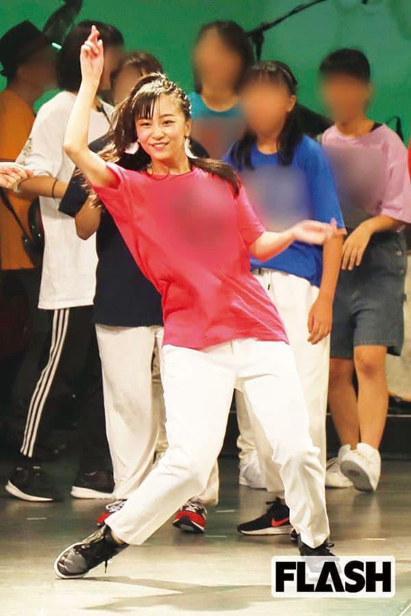 佳子さま、市民ホールでダンスを披露したら大歓声!