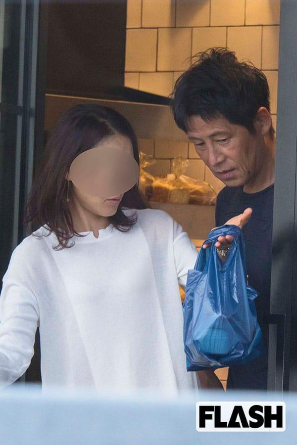 サッカー西野朗監督「名古屋の女」と密会部屋3時間