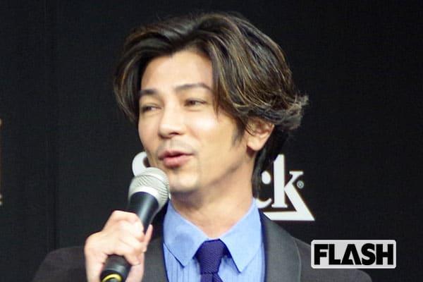 武田真治、スナックママ役がはまって「初対面の人から人生相談」