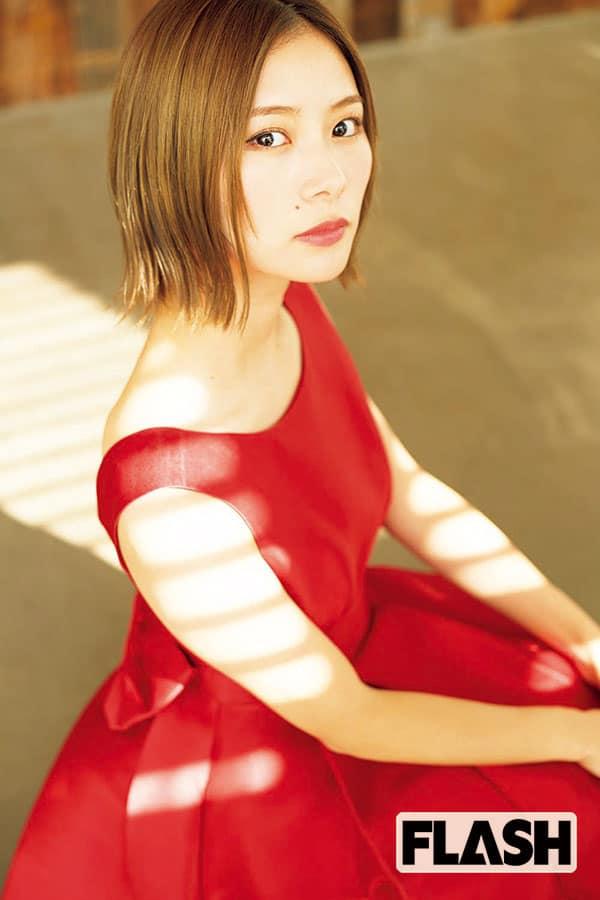 朝日奈央「きょうは特別キレイな顔」