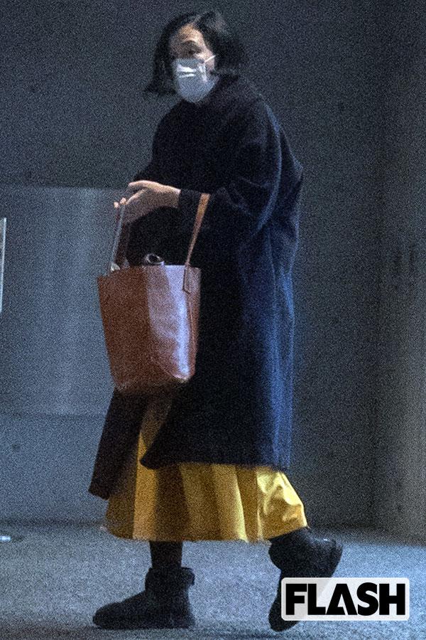 坂井真紀別居…家出した有名カメラマン夫には19歳愛人