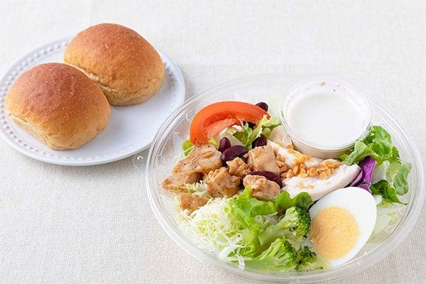 ローソンの「コンビニ飯」なら660円で野菜が摂れる