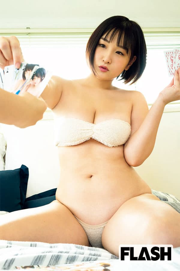 令和の乳神様4姉妹/長女・吉田実紀