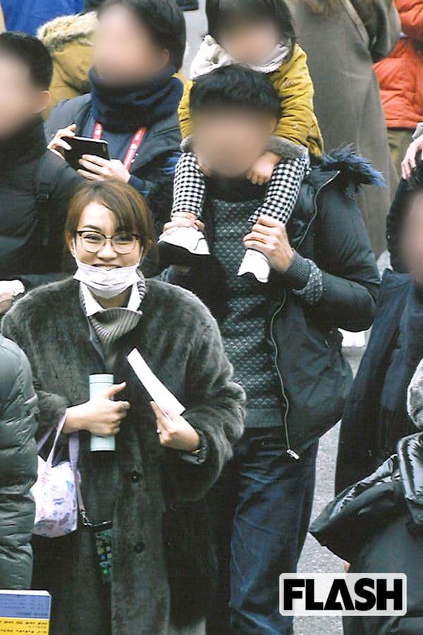 フジ・戸部洋子アナと山中章子アナがラグビー観戦で記念撮影