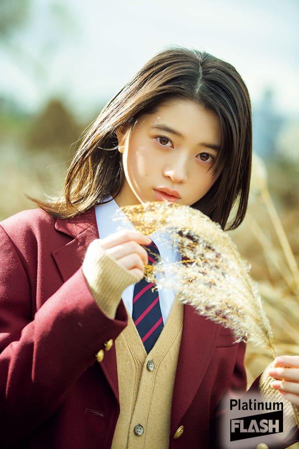 女優  桜田ひより 「君と奏でる未来」