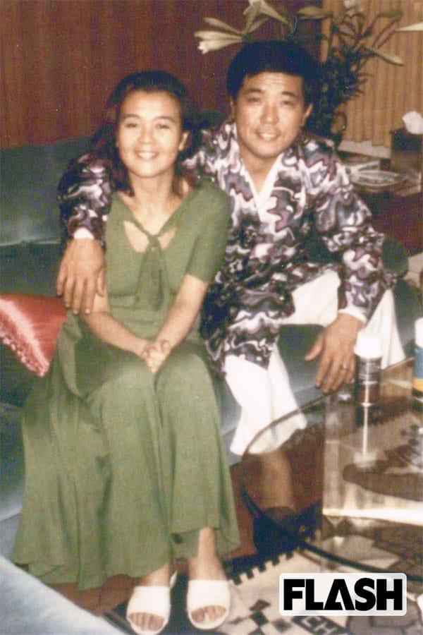 若き日の野村夫妻。野村氏が南海の選手兼監督に就任した1970年のオフシーズン、前夫人と別居状態だった野村氏の前に現われたのが、沙知代さんだった