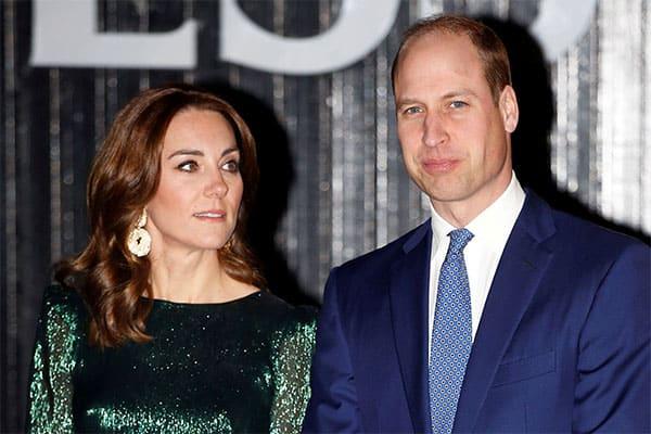 英国ウィリアム王子、「自分は新型肺炎かも」とジョーク飛ばす