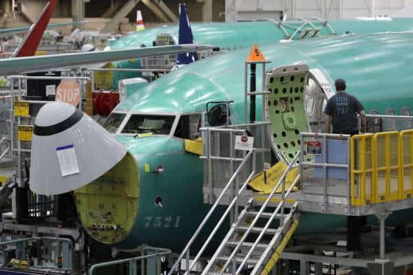 ボーイングが倒産危機…737MAX運航停止に新型肺炎が追い打ち