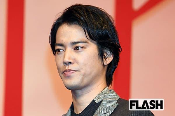桐谷健太「世界で3番目にかっこいい」発言に徹子が「この顔で?」