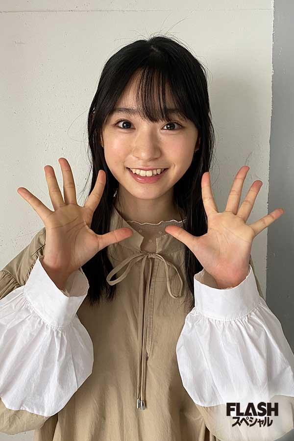 AKB48 Team4 【山内瑞葵オフショット】FLASHスペシャル グラビアBEST 2020年早春号