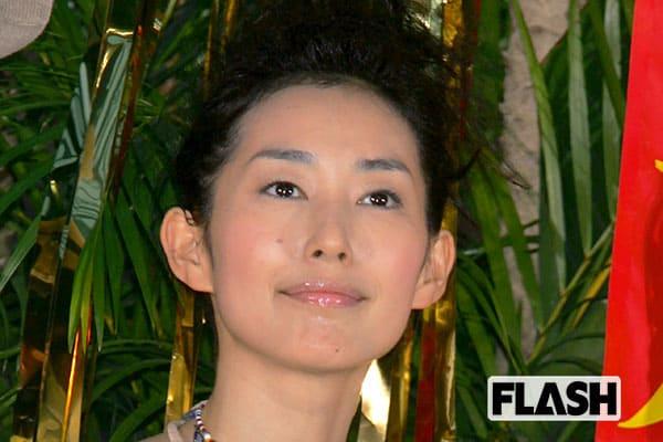 木村多江、20年来ファンの塚地武雅とキスして「よっしゃー!」