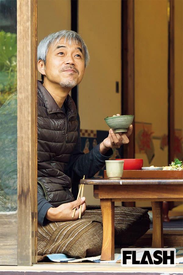 小市慢太郎、自然食カフェで悟る「役者は何度も生まれ変わる」