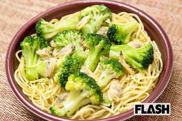 コンビニ飯で野菜を「ベジ増しレシピ」ブロッコリーパスタ
