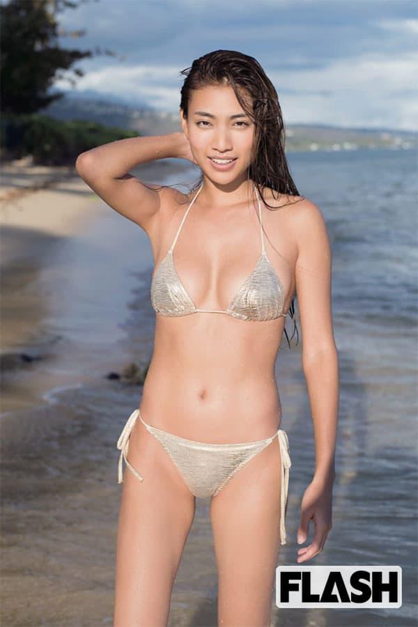 青山めぐ「Natural&Naked」