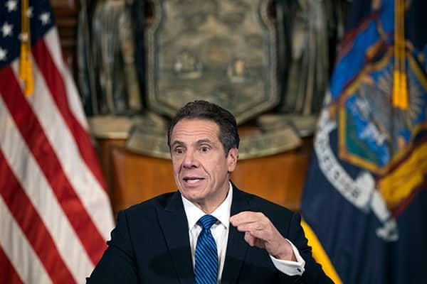 人気急上昇のNY州知事…トランプに「この国に王様はいない」