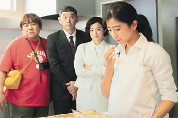 「主演の(鈴木)京香さんは、たたずまいや仕草のひとつひとつが、カッコいい」(黒島)という、鈴木との共演シーンにも注目だ (C)テレビ東京