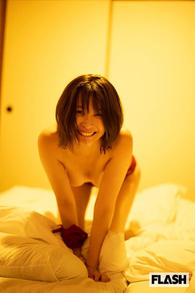 30歳になってますます魅力を増している山崎真実を堪能できる一冊。デジタル写真集発売!