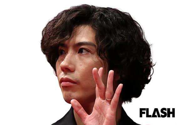賀来賢人、『半沢直樹』共演の堺雅人は「1回もセリフを間違えない」