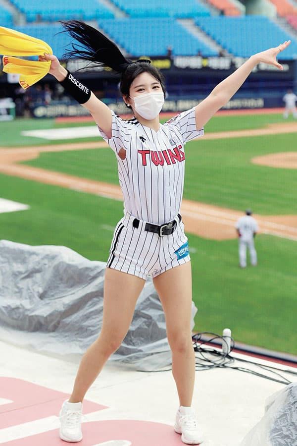 無観客で復活「韓国プロ野球」コロナに勝ったチアガール